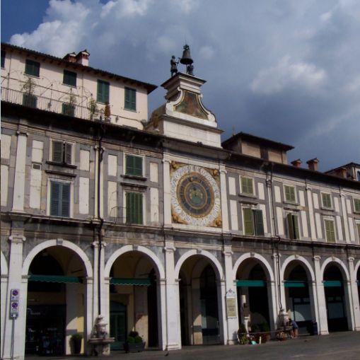 brescia_piazza_loggia_02